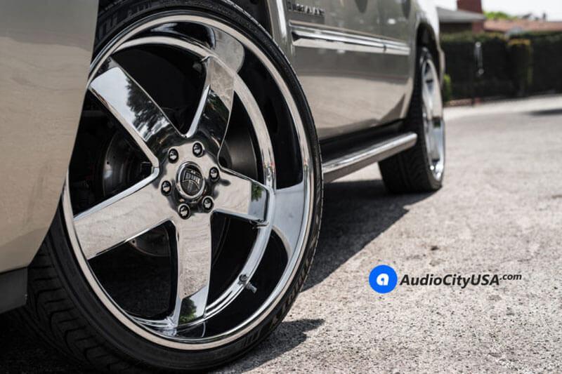 """24"""" Dub Wheels Big Baller S222 Chrome Rims"""