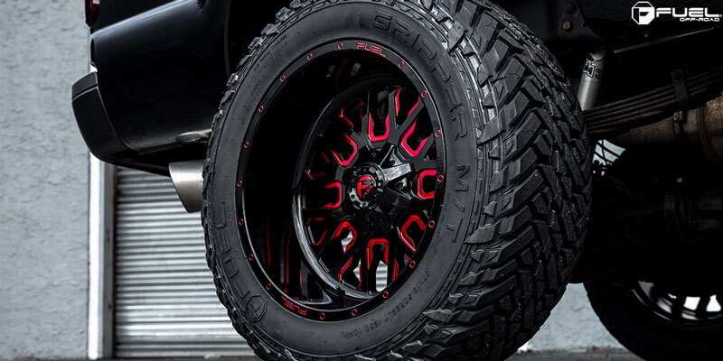 17 Quot Fuel Wheels D612 Stroke Gloss Black With Candy Red Off