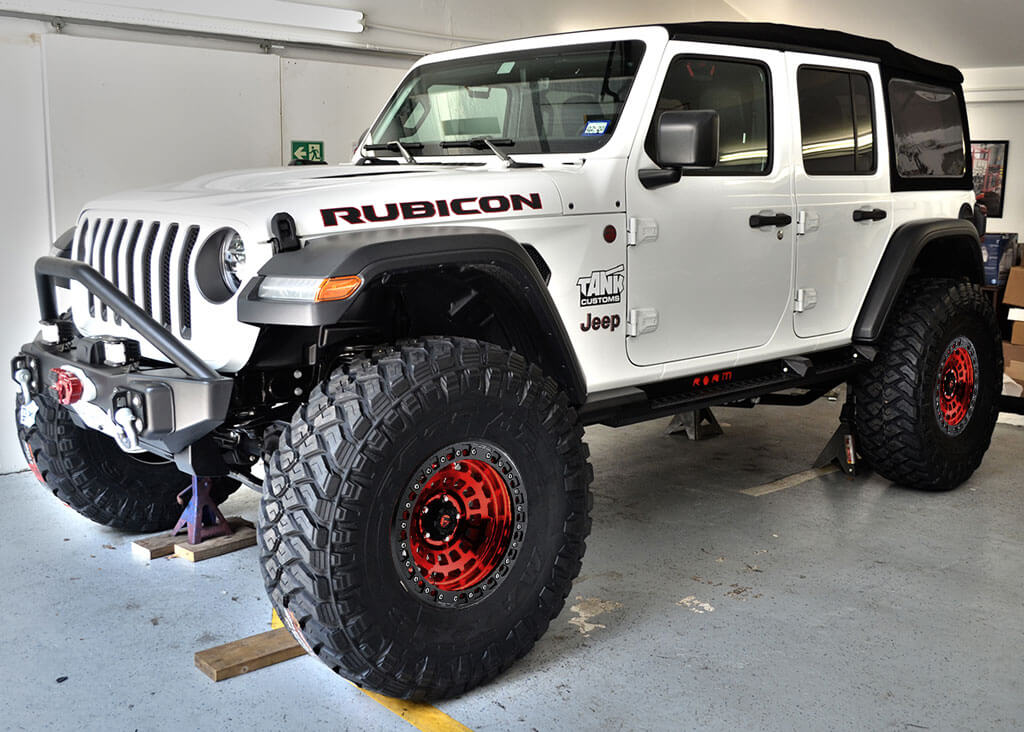 """20"""" Fuel Wheels D632 Zephyr Candy Red with Matte Black Ring Off-Road Rims"""