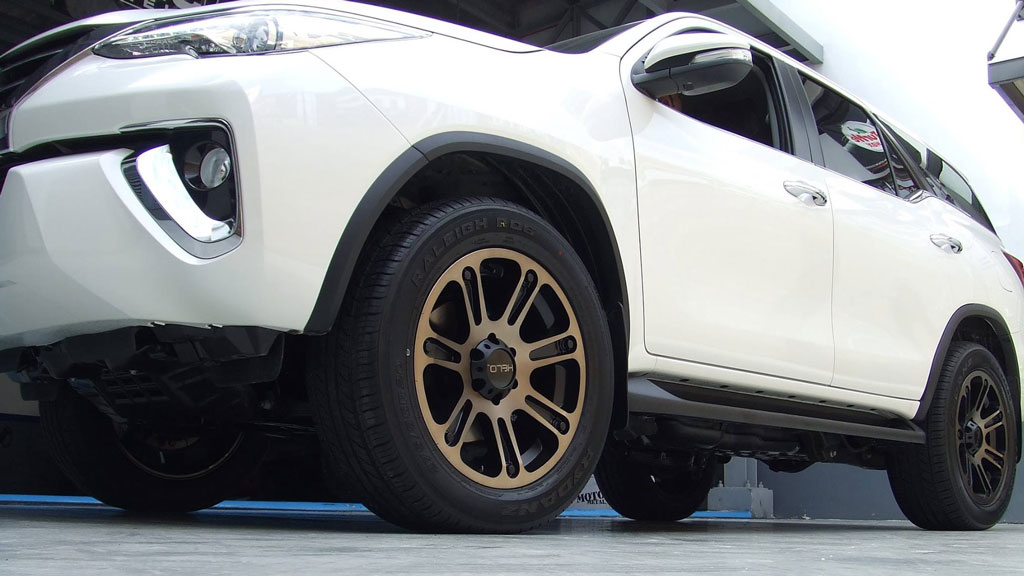 """18"""" Helo Wheels HE904 Satin Black Machined with Dark Tint Off-Road Rims"""