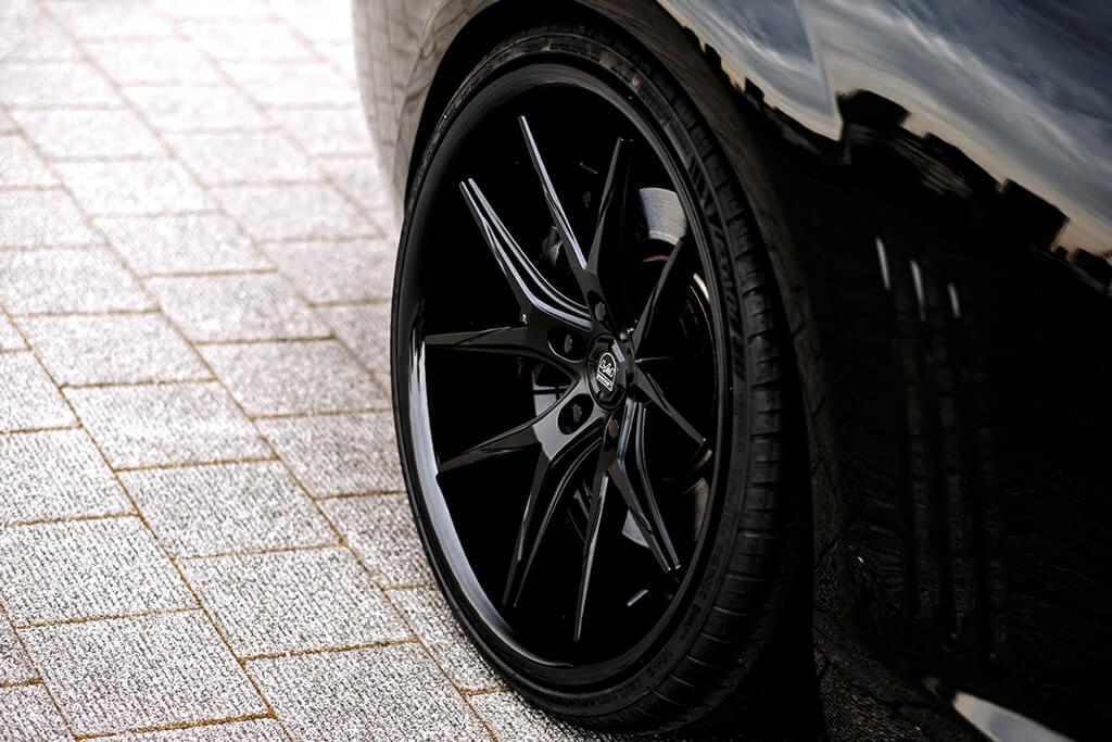 "Porsche Experience Center >> 20"" Lexani Wheels R-Twelve Satin Black Center with Gloss ..."