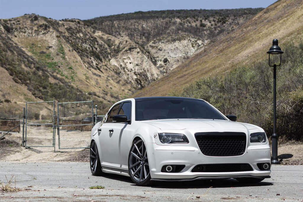 """20"""" Staggered Sporza Wheels V5 Satin Graphite Milled Concave Rims"""