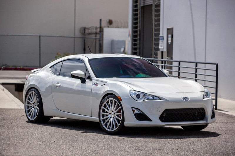 20 Staggered Vossen Wheels VFS2 Silver Polished Rims