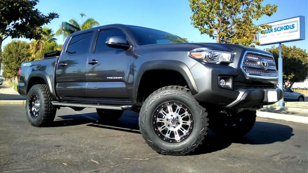 """20"""" XD Wheels XD795 Hoss Gloss Black with Machined Face Off-Road Rims"""